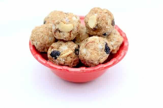 5 Ingredient Peanut Butter Balls